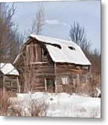 Classic Barn In Snow Metal Print