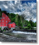 Clinton Red Mill House Metal Print by Lee Dos Santos