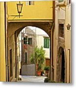 Cobblestone Street Of Tuscany Metal Print