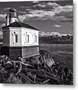 Coquille River Lighthouse Upriver Bw Metal Print