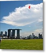 Couple Flies Kite Marina Bay Sands Singapore Metal Print