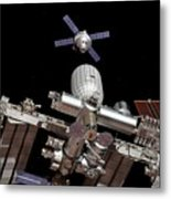 Crew Exploration Vehicle Approaching Iss Metal Print