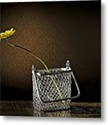 Daisy In A Chain Basket Metal Print