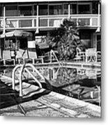 Del Marcos Pool Bw Palm Springs Metal Print