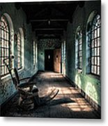 Dentists Chair In The Corridor Metal Print by Gary Heller