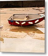 Dinghy At Low Tide In St Ives Cornwall Metal Print