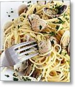 Dish Of Spaghetti With Clams Metal Print