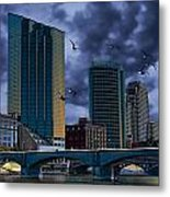 Downtown Grand Rapids Michigan By The Grand River With Gulls Metal Print