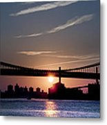 East River Sunrise - New York City Metal Print