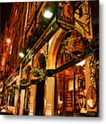 Edinburgh Pub At Night Metal Print