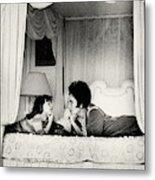 Elizabeth Taylor With Her Daughter Metal Print