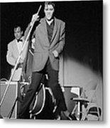 Elvis Presley And Bill Black Performing In 1956 Metal Print