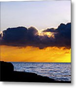 End Of Day On The Pacific Metal Print