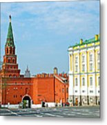 Entry Gate At Armory Museum Inside Kremlin Wall In Moscow-russia Metal Print