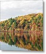 Fall Foliage At Walden Pond Metal Print by John Sarnie