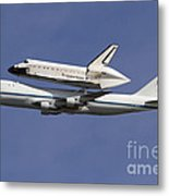 Final Flight Of The Endeavour Metal Print
