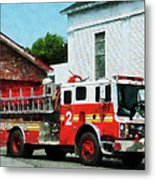 Fireman - Fire Engine In Front Of Fire Station Metal Print