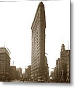 Flatiron Building New York City Circa 1904 Metal Print