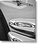 Ford Thunderbird Emblem -0505bw Metal Print