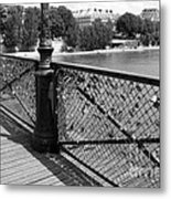 Forever Love In Paris - Black And White Metal Print