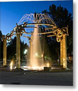 Fountain In Riverfront Park Metal Print