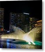 Fountain Spray Metal Print by Zachary Cox