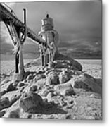 Frozen Grand Haven Lighthouse Black And White Metal Print