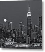 Full Moon Rising Over New York City Iv Metal Print