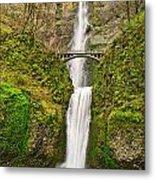 Full View Of Multnomah Falls In The Columbia River Gorge Of Oregon Metal Print