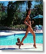 Gisele Bundchen Walking Poolside Metal Print