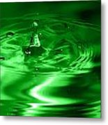 Green Multi Colored Water Drop Bubbling Metal Print