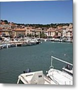 Harbor Cassis Metal Print