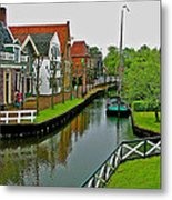Homes Near The Dike In Enkhuizen-netherlands Metal Print