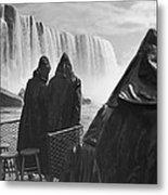 Honeymooners At Niagara Falls Metal Print