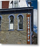 Hotel In Silverton Metal Print