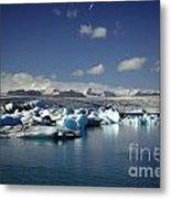 Hundreds Of Icebergs Metal Print