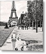 Icon Reflected Bw Metal Print