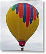 In The Middle Balloon Metal Print