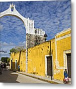 Izamal And It's Famous Arch Metal Print