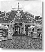 Jolly Holiday Cafe Main Street Disneyland Bw Metal Print