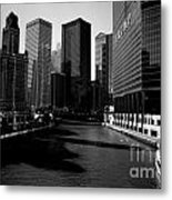 Kayaks On The Chicago River - Black Metal Print