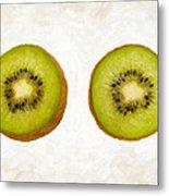 Kiwi Slices Metal Print by Danny Smythe