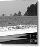 La Push Beach Black And White Metal Print