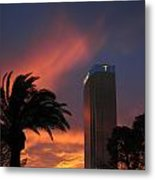 Las Vegas Sunset With Trump Tower Metal Print