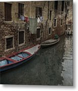 Laundry In Venice Canal Metal Print