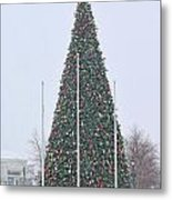 Levis Commons Christmas Tree Metal Print by Jack Schultz