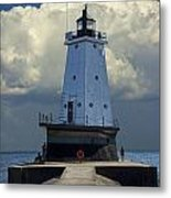 Lighthouse At The End Of The Pier In Ludington Michigan Metal Print