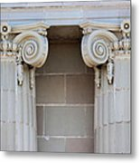 Lincoln County Courthouse Columns Metal Print