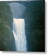 Lower Multnomah Falls Through The Mist Metal Print
