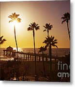 Manhattan Beach At Sunset Metal Print